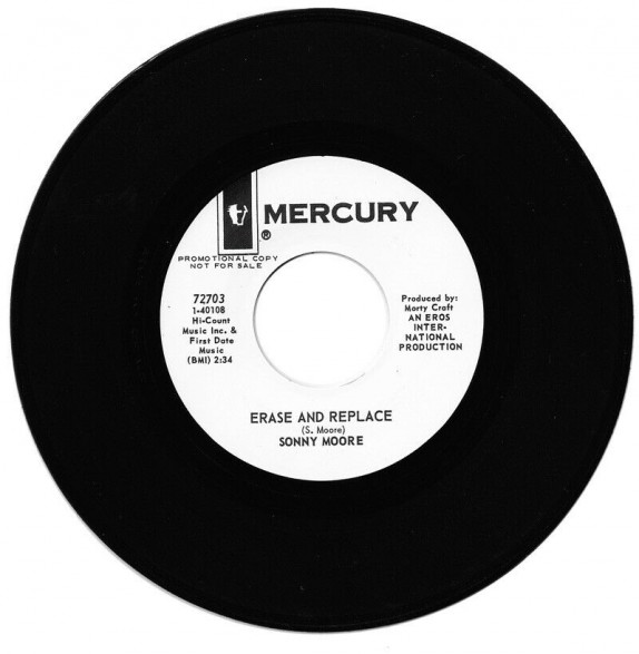 """SONNY MOORE """"ERASE AND REPLACE / AT THE CROSSROADS"""" 7"""""""