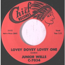 "JUNIOR WELLS ""Lovey Dovey Lovely One / You Sure Look Good To Me"" 7"""